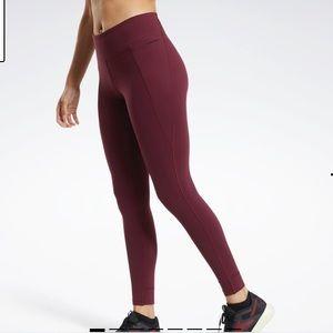 🎁5/100🎁 Reebok high waisted leggings